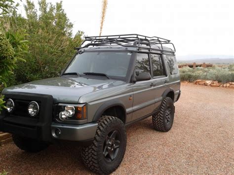 lifted land rover land rover discovery off road tires image 90