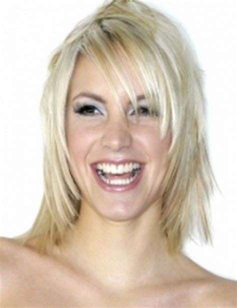 hairstyles for fine shoulder length layered hair medium layered haircuts for fine hair