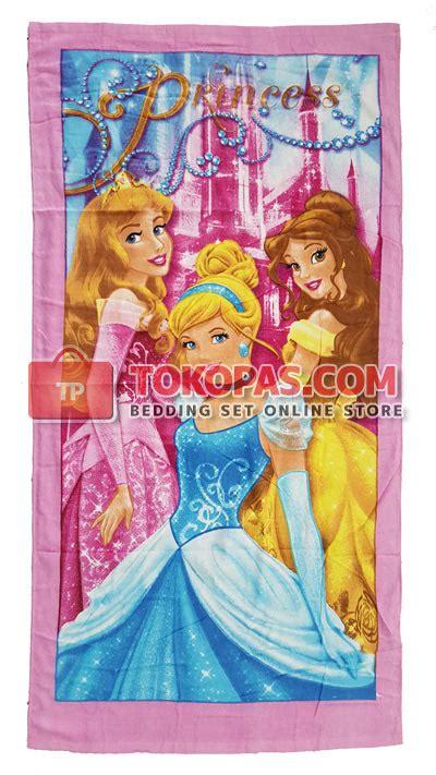Handuk Frozen 70x140cm grosir handuk karakter blossom murah