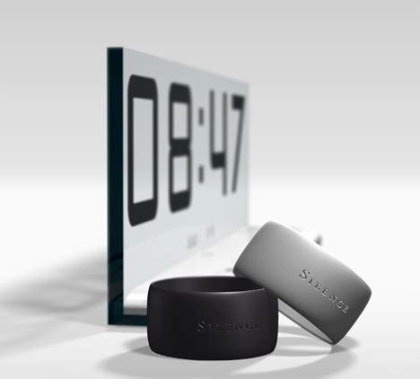a silent alarm clock yanko design