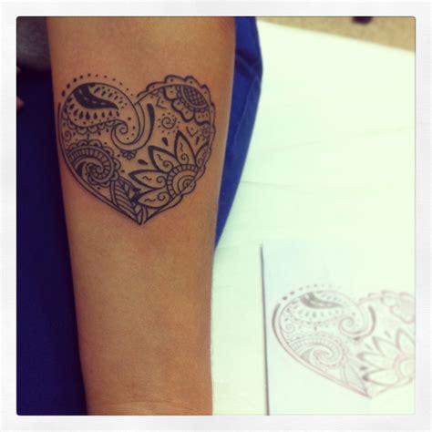 tattoo mandala coracao tatuagem de cora 231 227 o para mulheres significado e fotos