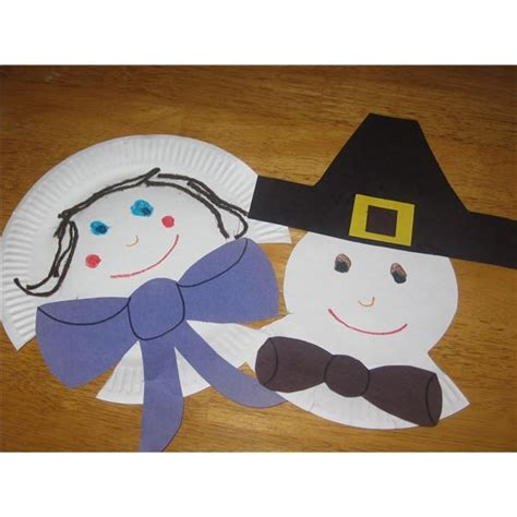Pilgrim Paper Plate Craft - 8 bountiful thanksgiving preschool crafts for the classroom