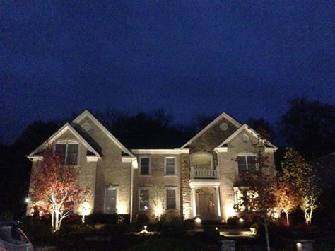 Landscape Lighting Services Midwest Lightscapes Midwest Lightscapes Outdoor Landscape Lighting For Home Commerical