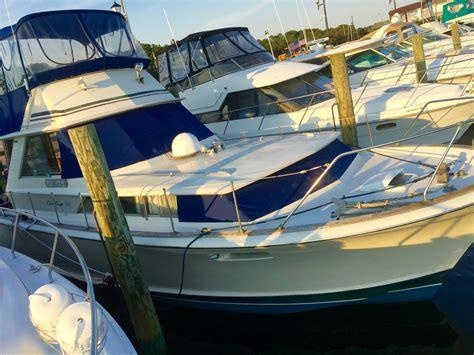 chris craft commander   sale   boats  usacom