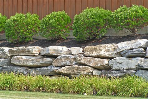 Applewood Landscape Design Mississauga Retaining Walls Buildoreno Landscaping And