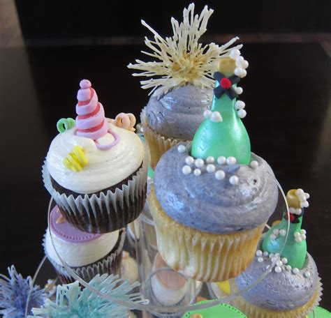 new year cupcake recipe new years cupcakes cakecentral