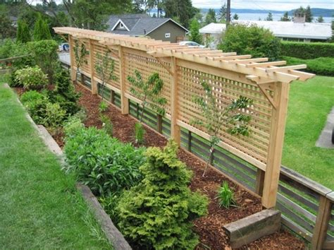 garden trellis plans would make a great fence around your garden and grow peas