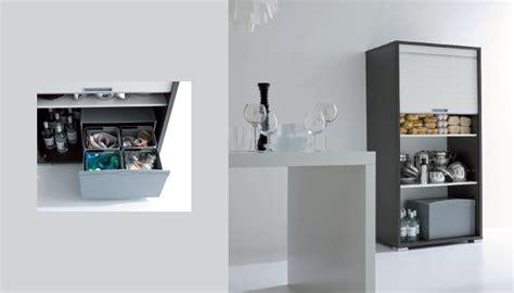 mobili per ripostiglio mobili per ripostiglio con anta serrandina