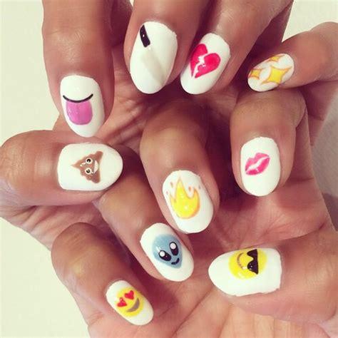emoji nails emoji nails image 3218955 by saaabrina on favim com