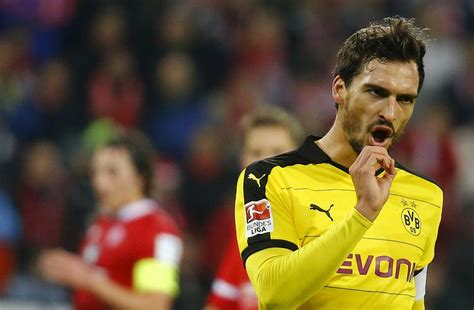 Mats Hummels News by Chelsea Are Desperate To Sign Mats Hummels Club