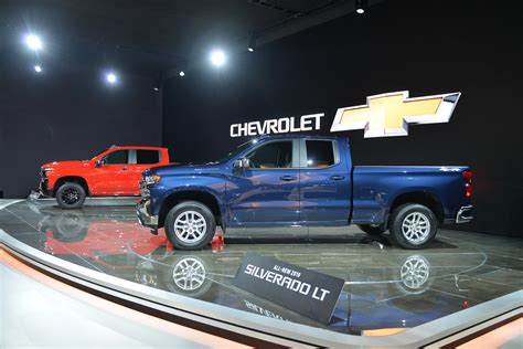 2019 chevy express 2019 chevrolet silverado revealed size chevy gets