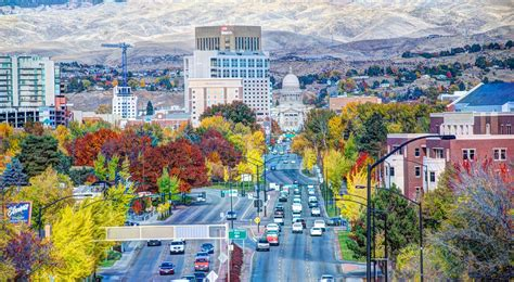 find cosmetology schools and schools near boise id