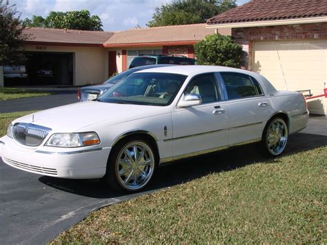 town car 24 inch rims lincoln town car on 24 inch rims