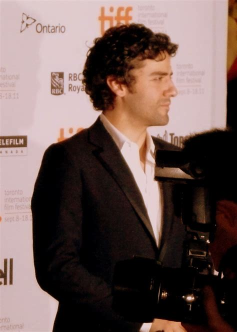 oscar film of year file oscar isaac at the premiere of ten year toronto film