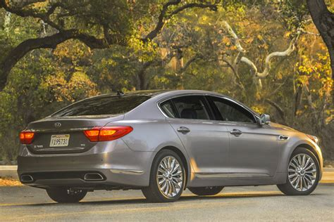 2016 kia k900 review an affordable premium sedan the