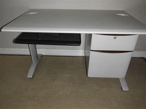 Steelcase Corner Desk L Shaped Steelcase Corner Computer Desk Delivered City