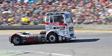 of trucks racing truck racing