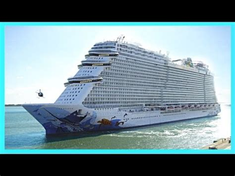 biggest norwegian ships ncl norwegian getaway breakaway - Epic Boats Vs Blue Wave