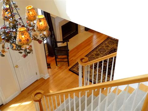 please come in make yourself comfortable interior decorator home staging expert in nj
