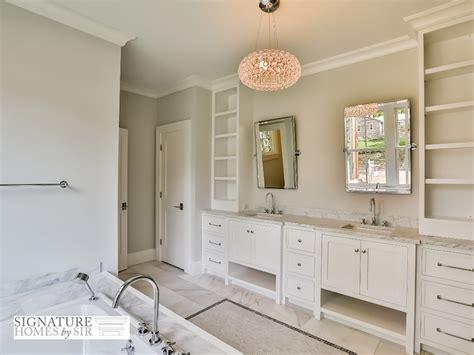 pivoting bathroom mirrors pivoting bathroom mirrors 28 images pivoting bathroom