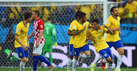 mundial 2014 mortadelo y 8466653929 brasil y el 225 rbitro dan la patada inicial de la copa mundial 2014 ximinia