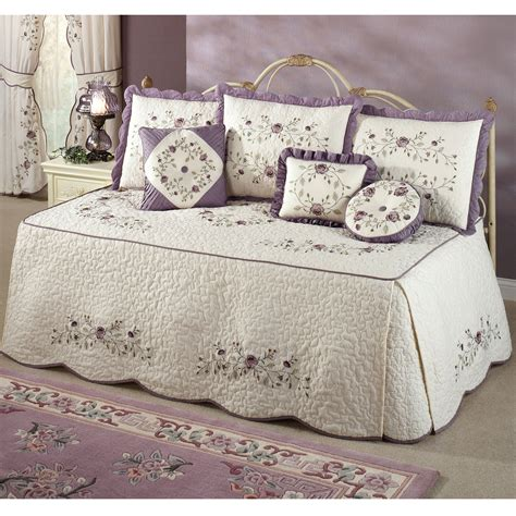 Design For Daybed Comforter Ideas Daybed Bedding Set Intrigue Chenille Flounce Whomestudio Magazine Home Designs