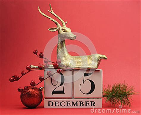 red theme save the date calendar for christmas day