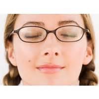 Lu Sorot Jarak Jauh latihan mata untuk orang dengan mata minus