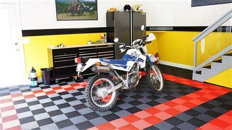 Motorcycle Displays   RaceDeck