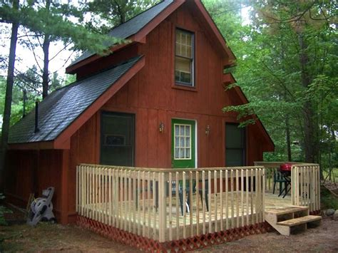 Cabin Rentals Northern Michigan by Cozy Lake Cabin 1 Br Vacation Cabin For Rent In