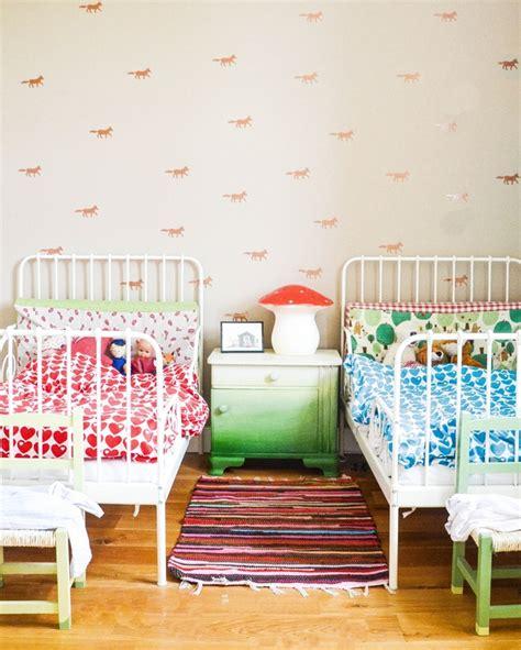 Kinderzimmer Gestalten Mit Trennwand by Kinderzimmer Teilen Trennwand