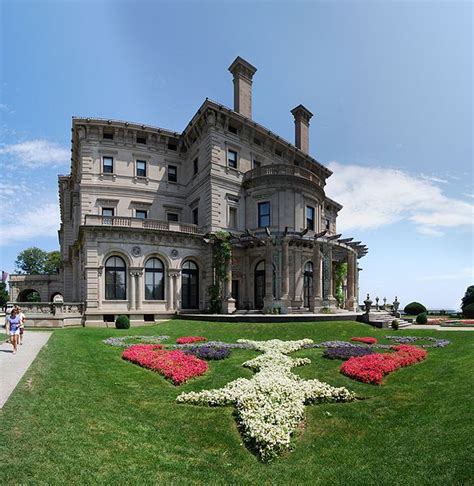 The Creakers the breakers 65 000 sq ft of gilded age opulence