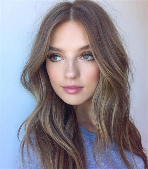 pictures of middle part bangs 17 best ideas about middle part bangs on pinterest