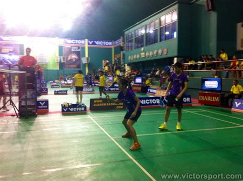 Sepatu Merk Divided victor walikota surabaya cup 2013 victor indonesia