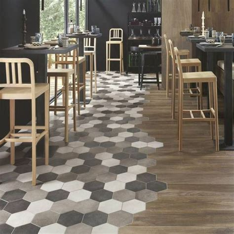 Mix Carrelage Parquet by Le Duo Carrelage Hexagonal Parquet Dans La Cuisine