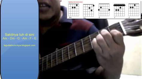 tutorial belajar gitar otodidak belajar gitar otodidak sakitnya tuh di sini gitar chords