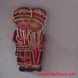 Kulkas Jambi souvenir pernikahan magnet hiasan kulkas pengantin tradisional nusantara 01