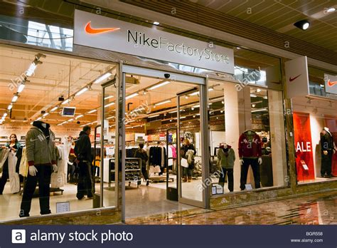 official store nikecom nike factory store shop at gloucester quays designer