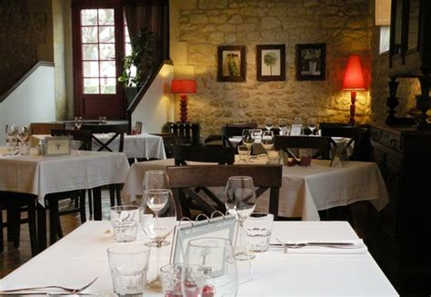 restaurant coin canap 233 picture of la goule beneze