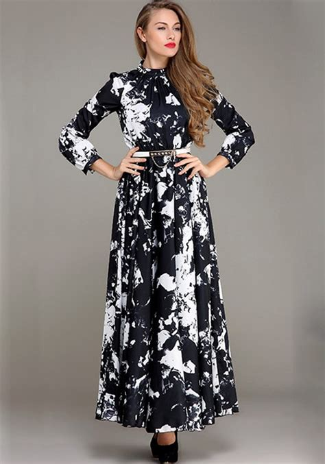 White Maxi Gamis black white floral pleated islamic muslim printed