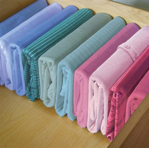 Folding T Shirts For Drawers by Best Way To Fold T Shirts For Drawer Storage
