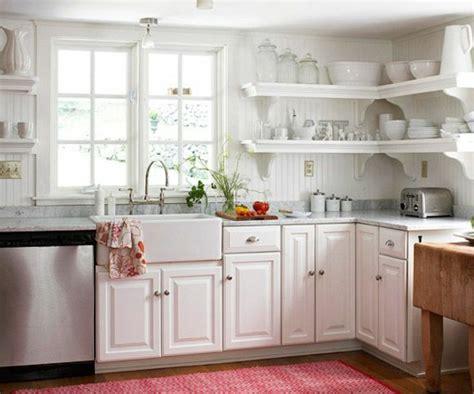 küchenteppich schwarz weiss wohnzimmer gelbe wand