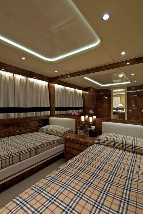 charter boat obsession charter obsesion obsesion twin cabin luxury yacht