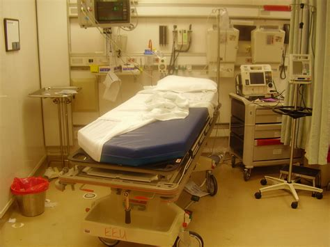 Emergency Room by File Er Room After A Jpg Wikimedia Commons