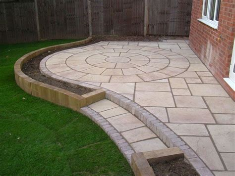 Circular Patio Designs 25 Best Ideas About Circular Patio On Pinterest Patio Backyard Seating And Pavers