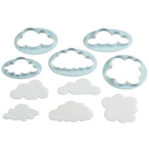 fabriquer des emporte pieces cuisine 5 emporte pi 232 ces quot nuage quot g 226 teaux et p 226 tisseries emporte