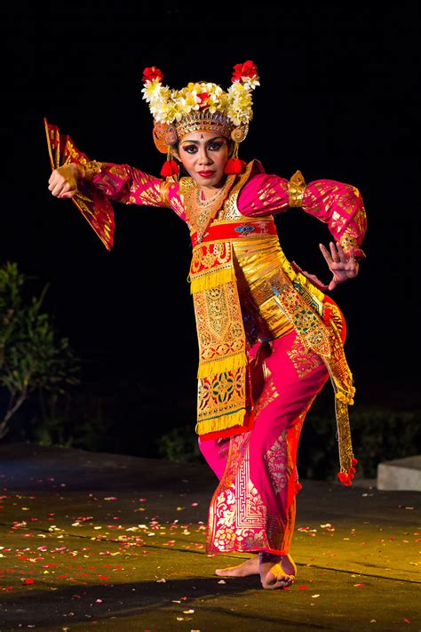 Legong Bali balinese