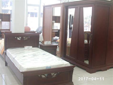 meubles de chambre emejing lit de chambre en bois tunisie pictures design