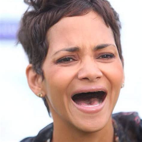 celebrities pictures 23 hilarious photos of celebrities without teeth the last