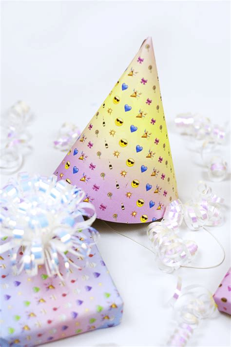 free printable wrapping paper pinterest emoji wrapping paper free printables dawn nicole designs 174